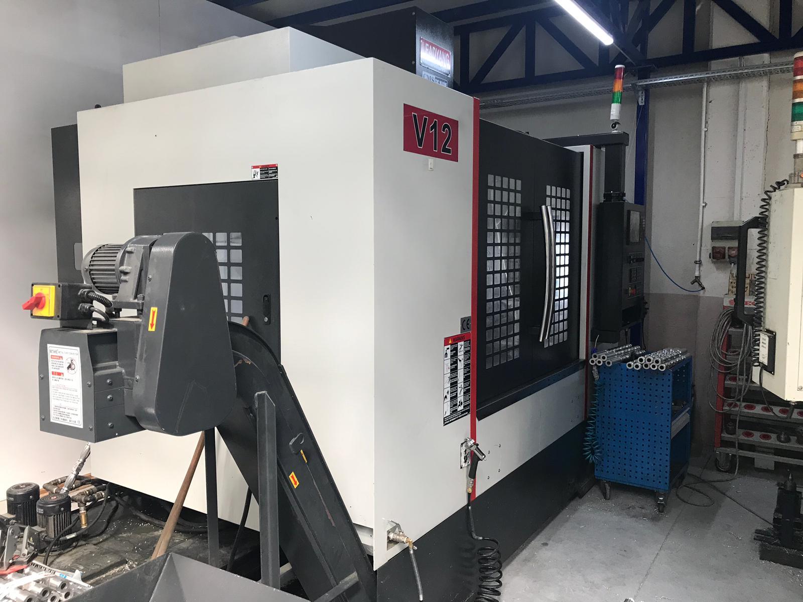 2017 Model Az Kullanılmış Leadyang V12 Divizörlü Cnc Dik işleme Merkezi